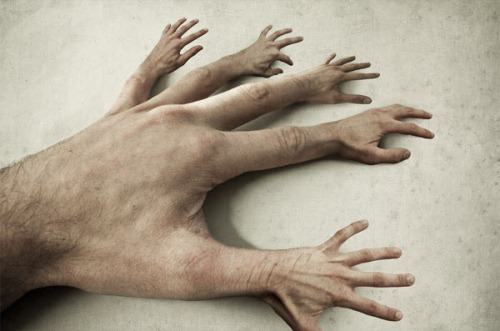 20 Intricate Designs of Hands and Fingers Photo Manipulation