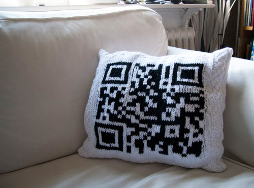 Hand-knitted QR Code