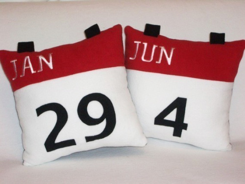 iPhone Calendar Icon Pillow