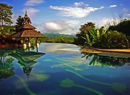 Infinity Edge Pool - Golden Triangle Resort