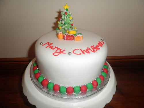 Christmas cake decoration ideas images for Decoration ideas for christmas cake