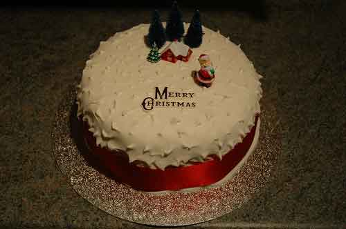 Finished Christmas Cake Again