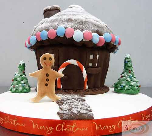 Ginger Bread House Christmas Cake
