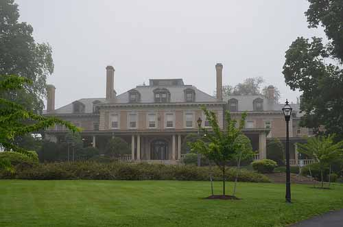 Mansion in the Mist