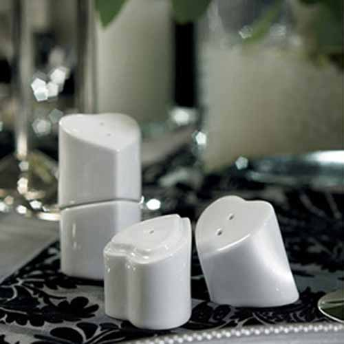 Heart to Heart Interlocking Salt and Pepper Shaker