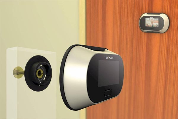 Product of the Day: Electronic PeepHole Viewer