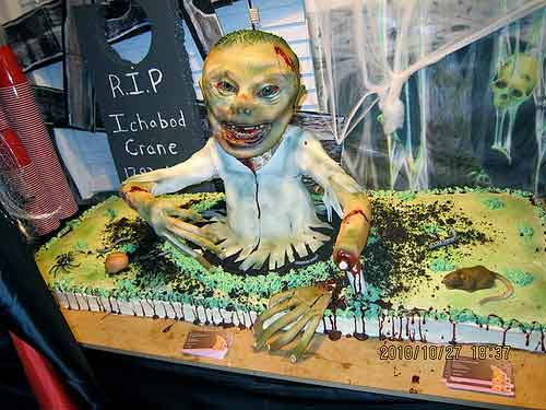 Zombie Cake for Halloween Party