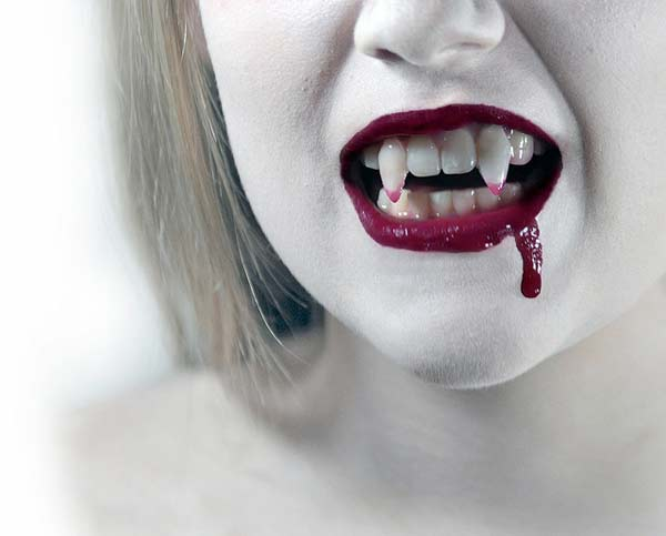 Vampire Fangs - Got Blood?