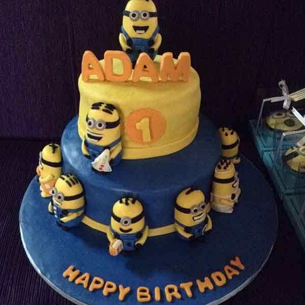 Despicable Cakes 15 Tempting Minion Cake Designs