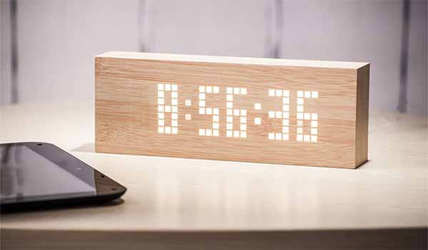 Beech Message Click Clock